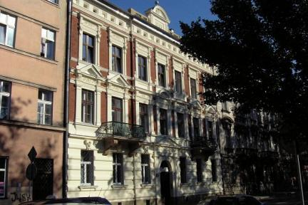 Light and Spacious Apartment in City Center - Image 1 - Krakow - rentals
