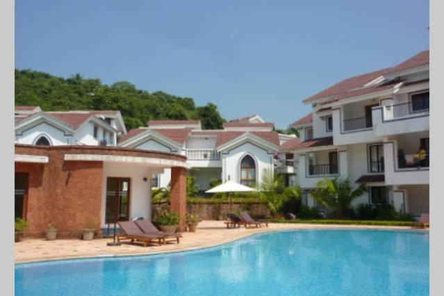 Poolside, Gym, Villas and Apartments - Luxury Studio Apartment, Arpora Goa - Arpora - rentals