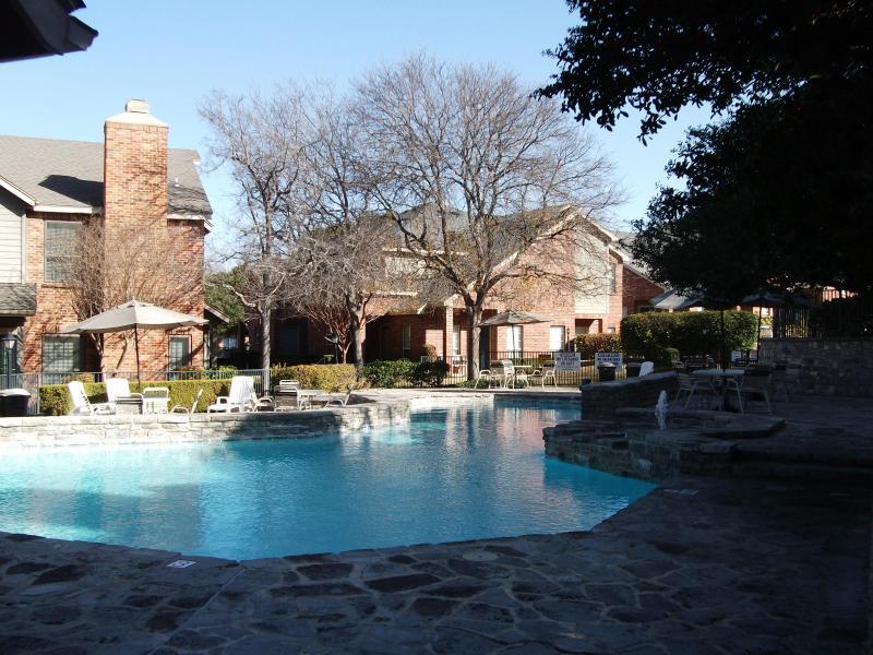 Swimming pool - 2 Bdr. Condo Unit #165 Near Fiesta Texas, Sea W. - San Antonio - rentals