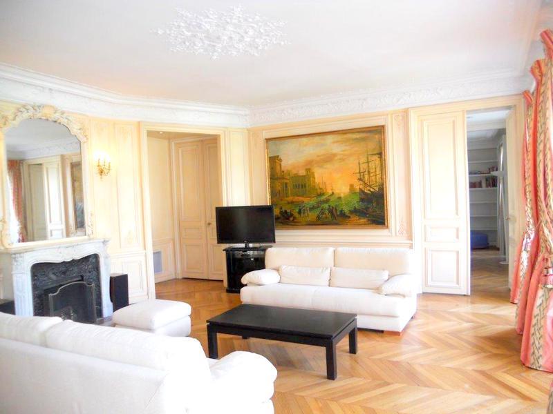 Impressive Saint Germain apartment 4 sleeps 190m2 - Image 1 - Paris - rentals
