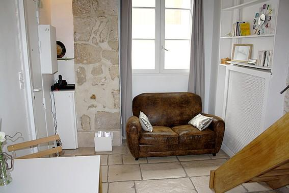 parisbeapartofit - Marais Mezzanine Studio (1239) - Image 1 - Paris - rentals