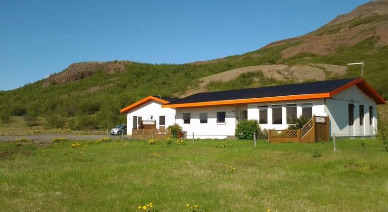 Geysir Bed & Breakfast -  Guesthouse - Image 1 - Geysir - rentals