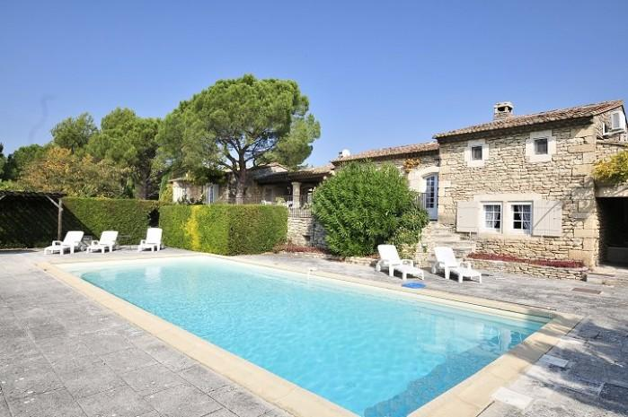 3 bedroom Villa in Gordes, Provence, France : ref 2017850 - Image 1 - Beaumettes - rentals