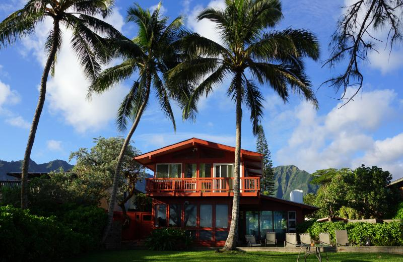 Beach side of Beach House - Hawaiian Sunrise Waimanalo - Waimanalo - rentals