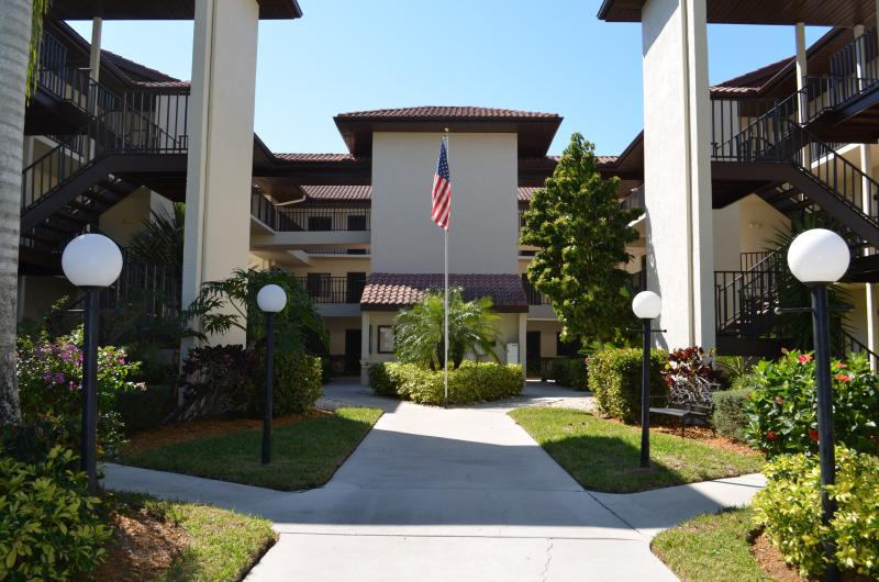 Cinnamon Cove - Image 1 - Fort Myers - rentals