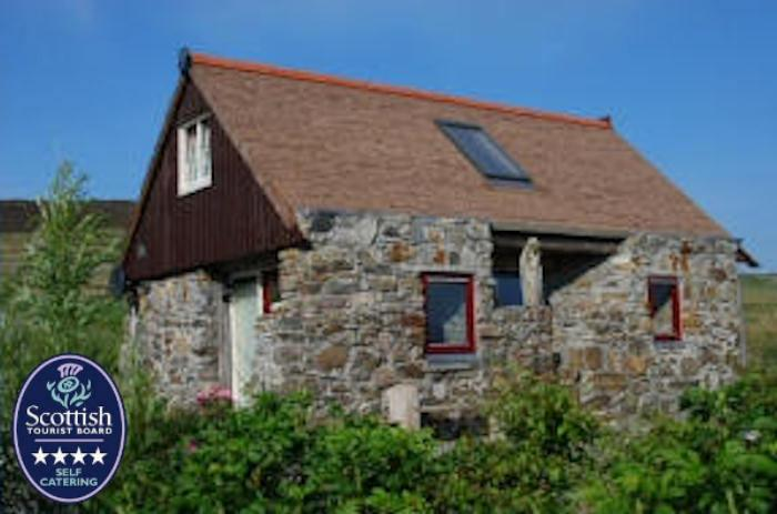 Grandfather's house from the front - Isle of Harris, Outer Hebrides, Grandfather's House, 4 star Luxury, many beaches - Isle of Harris - rentals