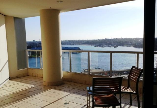 One Bedroom Apartment Balcony Darling Harbour Outlook - Stylish 1 Bedroom - balcony harbour glimpse CBD - Sydney - rentals