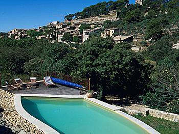 6 bedroom Villa in Saumane De Vaucluse, Provence, France : ref 2000136 - Image 1 - Saumane-de-Vaucluse - rentals