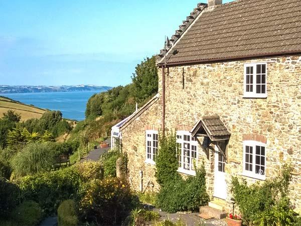 WISTERIA COTTAGE, woodburning stove, WiFi, sea views, great base for walking, near Hallsands, Ref 905075 - Image 1 - Beesands - rentals