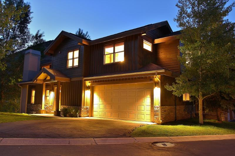 Front of the house, 2-car garage and entry - Park City Trailside - Park City - rentals