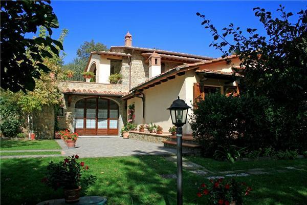 4 bedroom Villa in Cortona, Tuscany, Italy : ref 2068677 - Image 1 - San Pietro a Cegliolo - rentals