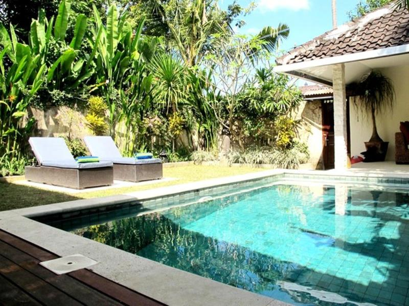 Bodat Fantastic Value, 2 Bedroom Villa Central Seminyak - Image 1 - Seminyak - rentals