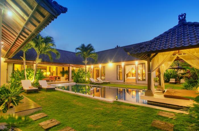 Villa & Pool overview - Tania Luxury 3BR, Electronic Gated-Seminyak, - Seminyak - rentals