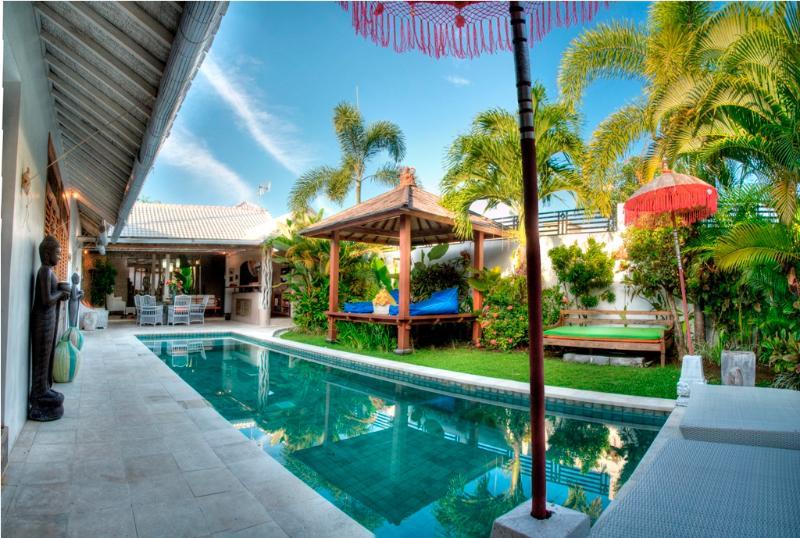 Villa and Pool view - Luxury 3 Bedroom Villa,Eat St, Central Seminyak - Seminyak - rentals