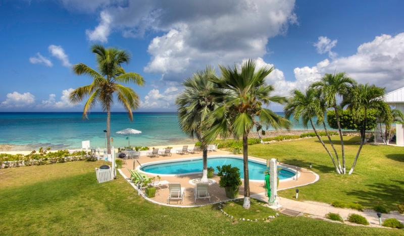 Great Price~Great Unit at Cocoplum on SMB! - Image 1 - Seven Mile Beach - rentals