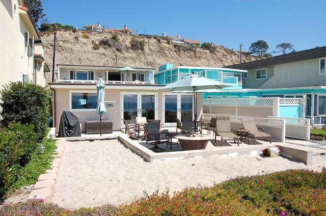 Beautiful Lower Level Duplex Right on the Sand! 087L - Image 1 - Capistrano Beach - rentals