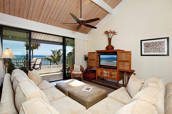 Ocean Front Prime 2 Bedroom Deluxe Condo Unit 02 - Image 1 - Lahaina - rentals