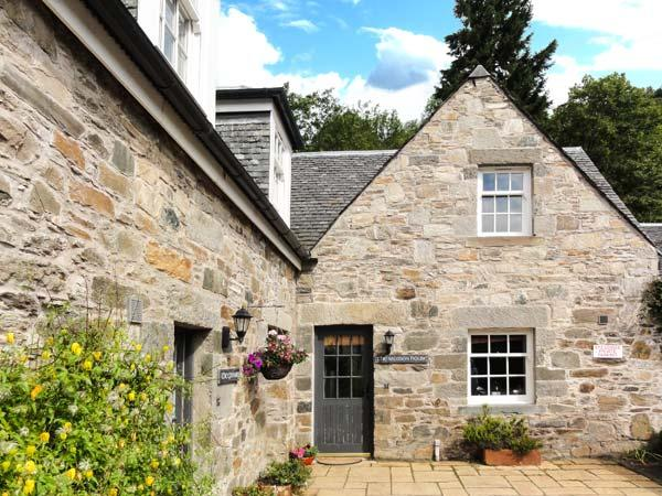 THE SALMON HOUSE, woodburner, garden, WiFi, Ref 914265 - Image 1 - Kenmore - rentals