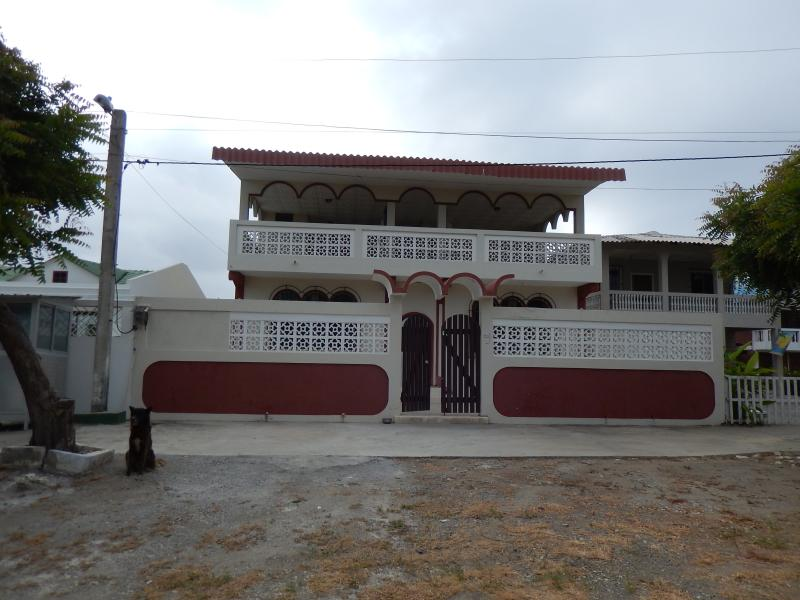Casa Playas Terraza - Playas, Ecuador, Eco-friendly Beach Rooms - Playas - rentals