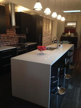 Kitchen Counter - Trendy Area Apartment Facing Park - 5 minu - Montreal - rentals