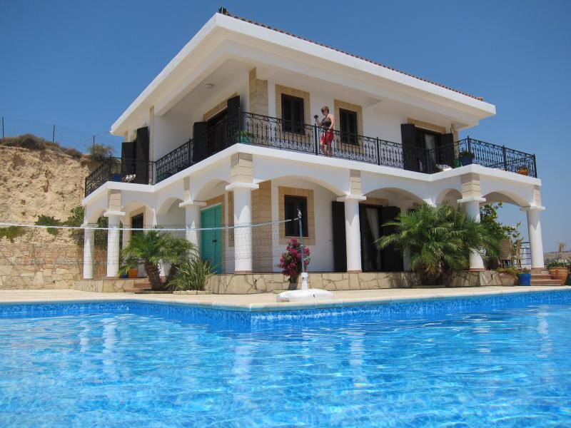 Windy Ridge Villa - Windy Ridge Villa - Rental rates for 4/6/8 people - Pissouri - rentals