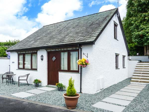 GERAND, romantic retreat, off road parking, WiFi, near Ambleside, Ref. 906700 - Image 1 - Ambleside - rentals