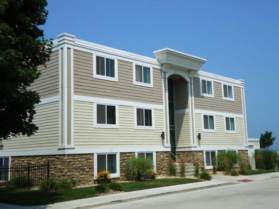 Front of building unit 313 in top right - North Shore 313 - South Haven - rentals