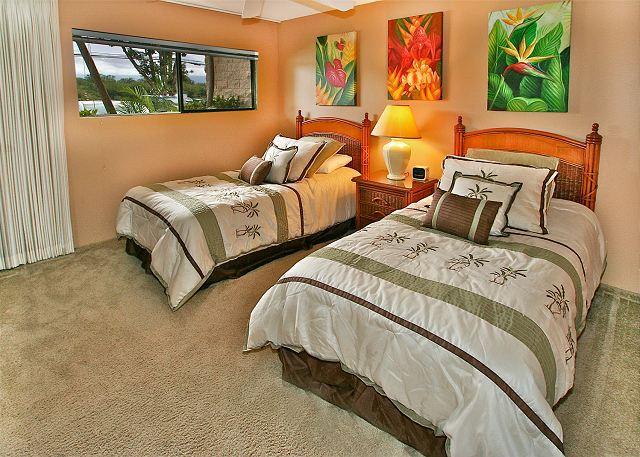 Bedroom - #101 - 2 Bedroom/2 Bath Ocean Front unit on Sugar Beach! - Kihei - rentals