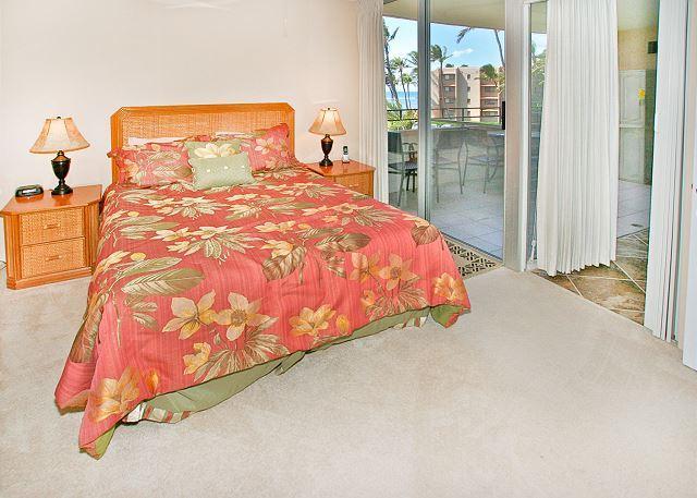 Master Bedroom - #305 - Ocean View 2 Bedroom/2 Bath unit in Maalaea Bay! - Maalaea - rentals