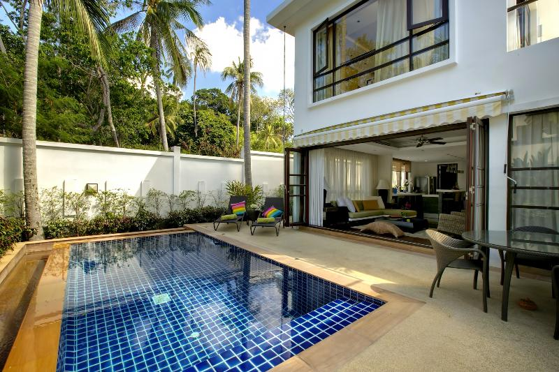 Stylish 3-Bedroom just a minute's walk to beach - Image 1 - Koh Samui - rentals