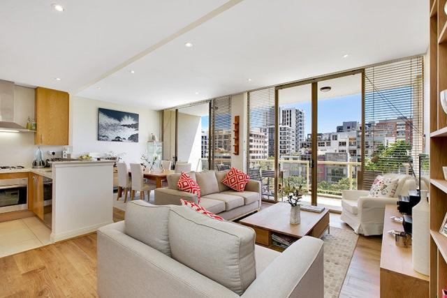 Penthouse Apartment in Waterloo - Image 1 - Sydney - rentals