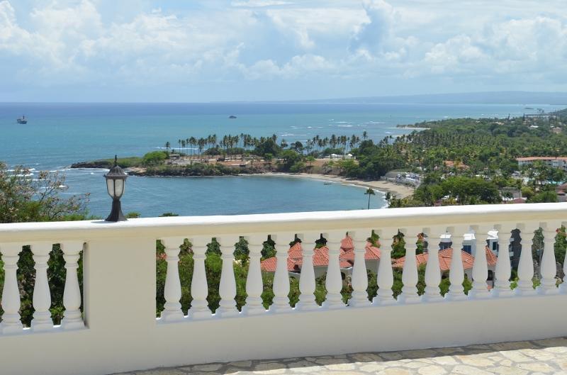 La Vista Villa - Image 1 - Costambar - rentals