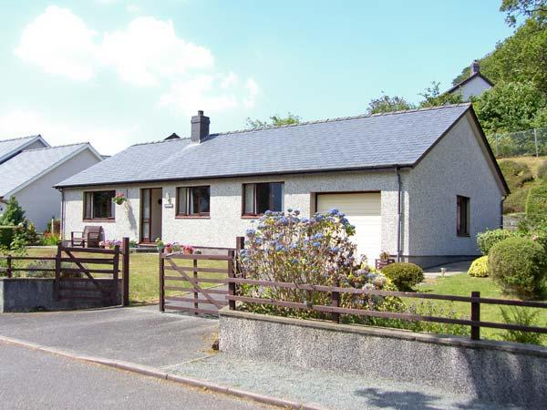 MAESGERDDI all ground floor, superb views, close to town in Dolgellau Ref 915720 - Image 1 - Dolgellau - rentals