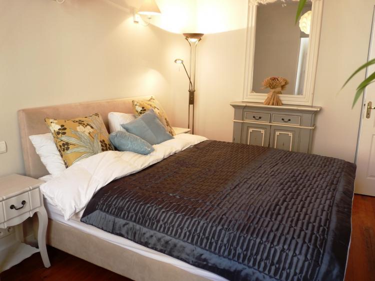 Casa Nova 2, Stunning 2 Bedroom Apartment with a Terrace - Image 1 - Cannes - rentals