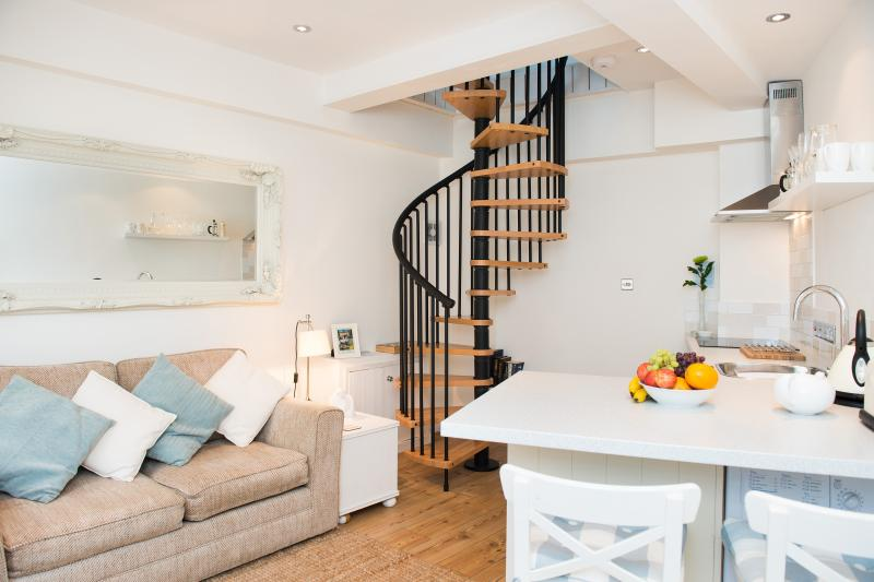 Welcome to The Boathouse! - The Boathouse in the Heart of Looe - Looe - rentals