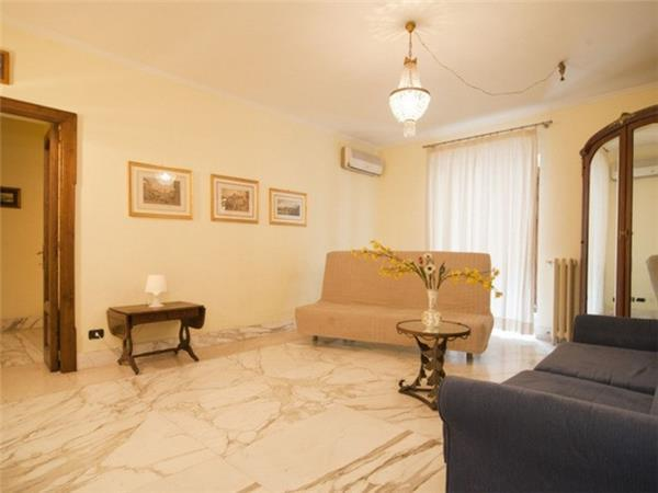 2 bedroom Apartment in Rome, Lazio, Rome, Italy : ref 2234692 - Image 1 - Colonna - rentals
