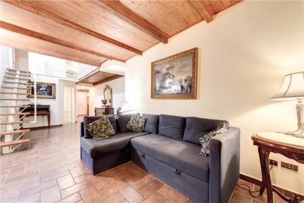 3 bedroom Apartment in Rome, Lazio, Rome, Italy : ref 2234621 - Image 1 - Colonna - rentals