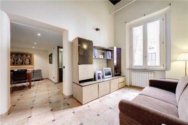 2 bedroom Apartment in Rome, Lazio, Rome, Italy : ref 2235034 - Image 1 - Colonna - rentals