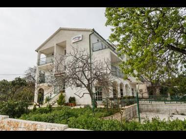 house - 5569  A4(2+1) - Okrug Donji - Okrug Donji - rentals