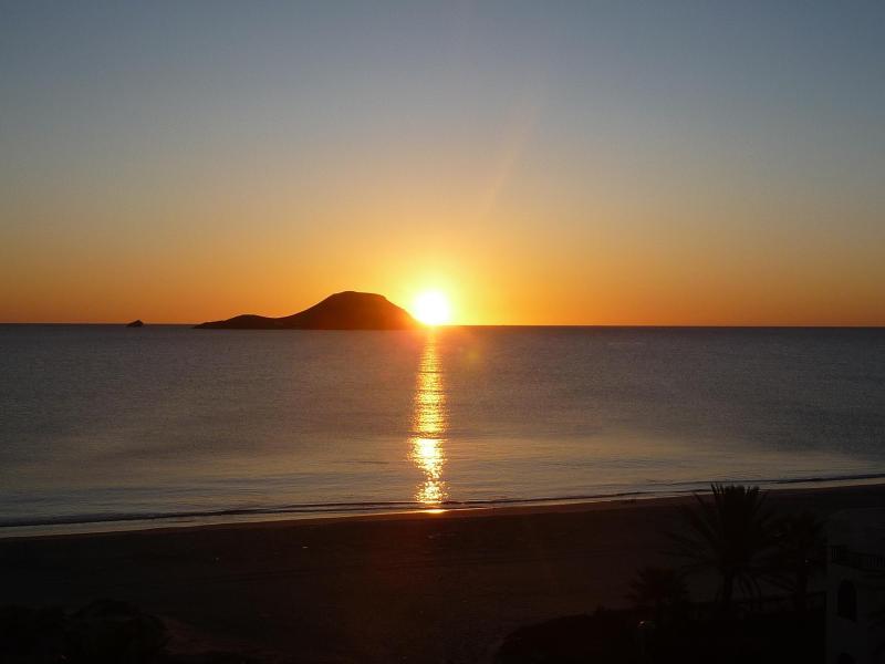 sunrise - Seafront Apartment La Manga del Mar Menor, Spain - La Manga del Mar Menor - rentals