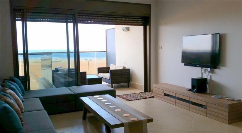 Luxury Ir Yamim Apartment with pool and sea views - EM05KP - Image 1 - Netanya - rentals