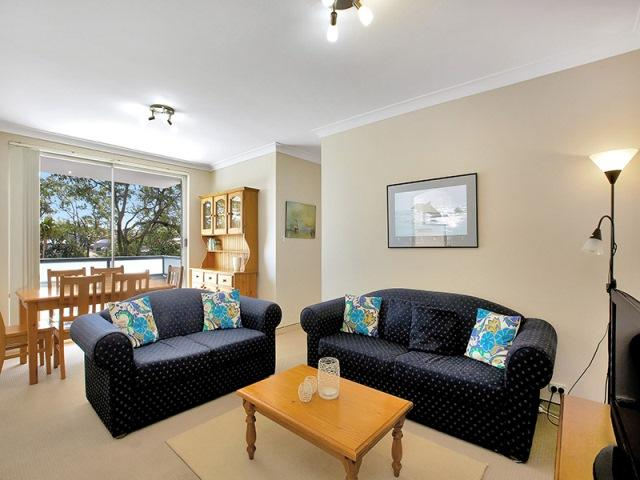 Clovelly Bargain - Perfect for Families - Image 1 - Clovelly - rentals