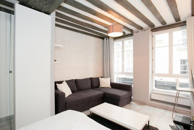 "Apartment 2 peoples in ""Le Marais"" by Weekome.fr - Image 1 - Paris - rentals"