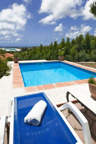 Swimming pool and view on orient bay beach - Great sea view, romantic cottage , private pool - Saint Martin - rentals