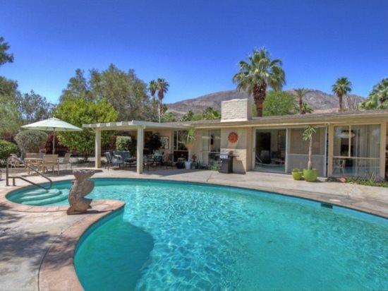 SG798 - Rancho Mirage Magnesia Falls Cove - 2 BDRM Plus Den, 2 BA - Image 1 - Rancho Mirage - rentals