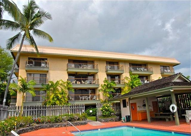 Top Floor Private Condo $120.00 special March 24rd-28th, Call office!!! - Image 1 - Kailua-Kona - rentals