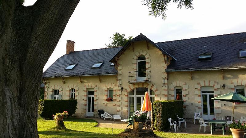 Loire Valley Cottages - Image 1 - Jarze - rentals