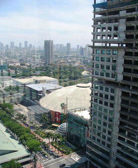 Smart Araneta Coliseum view from the balcony - 1-Bedrm Condo Unit in the Heart of Araneta Center - Quezon City - rentals