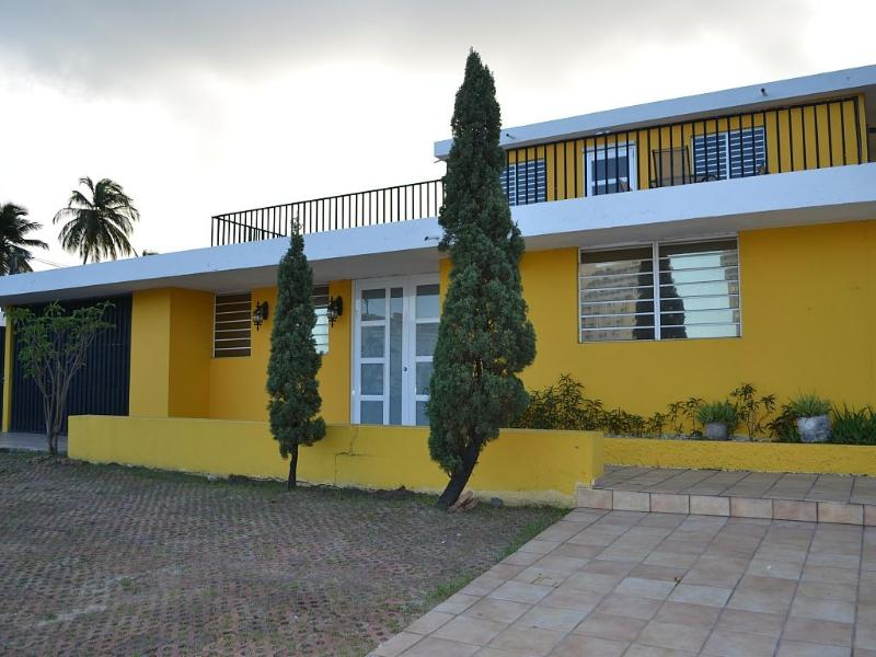 New Pool at Family Size House Walking  from Beach - Image 1 - Isla Verde - rentals