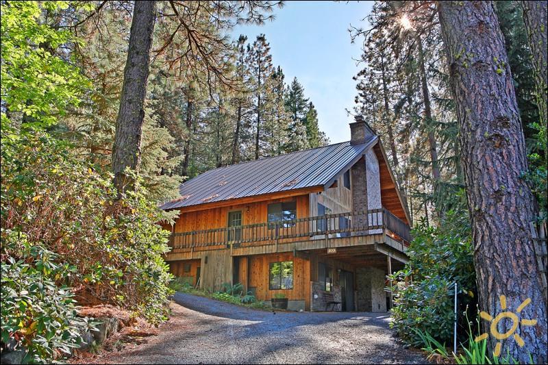 Buddington Haus on the Icicle River - Image 1 - Leavenworth - rentals